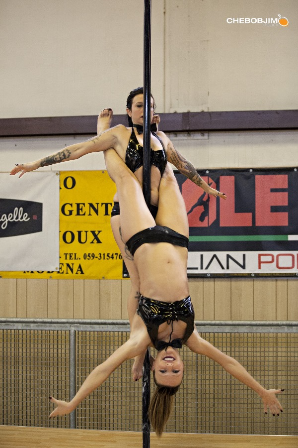 Giovanna e Monia Pole Dance Contest Chebobjim  (2)