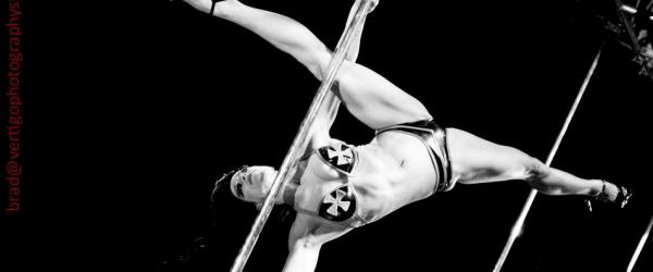 "Cleo ""the Hurricane"", l'anima Rock della Pole Dance"