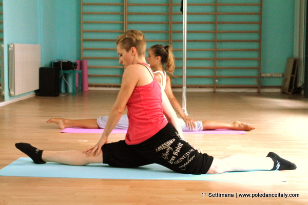 Terza settimana di stretching | Training Days: a pole dance diary [Video]